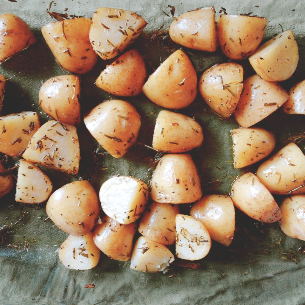 Low FODMAP Rosemary Roasted Potatoes